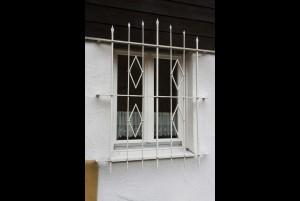 6.05 Fenstergitter